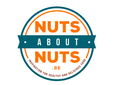 logo ontwerp nuts about nuts
